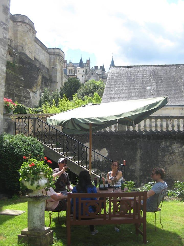 AMBOISE apt garden view on Château