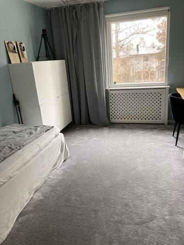 Bedroom 4 downstairs - 1 single bed