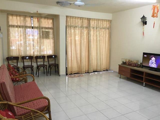 Yong Home Stay - Kuala Perlis - House