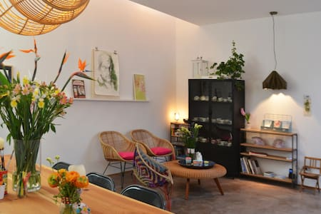 PICOBELLO •Rooms in an artistic design studio• 2 - Calolziocorte - Overig