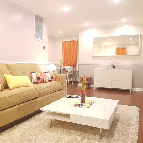 Deluxe Retreat/min to JFK/patio+cable+wifi+parking - Valley Stream - Apartament