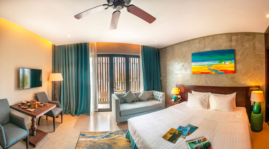 Studio Apartment with Balcony - SEN Boutique Villa
