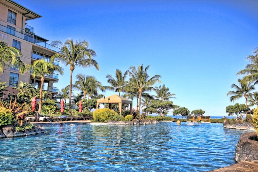 The Infinity Edge pool (one of 4 pools at Honua Kai) is great for lap swimming in the morning or watching the sunset in the evenings.