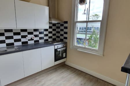 Cosy Modern double bedroom in Sidcup