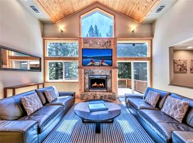 Stunning Custom Home w/ Game Room, Hot Tub & More
