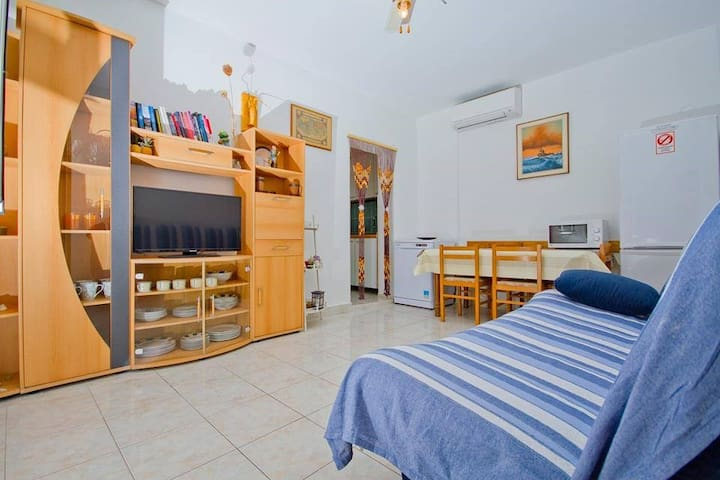 Apartments Nada 1288 / Two bedrooms A1