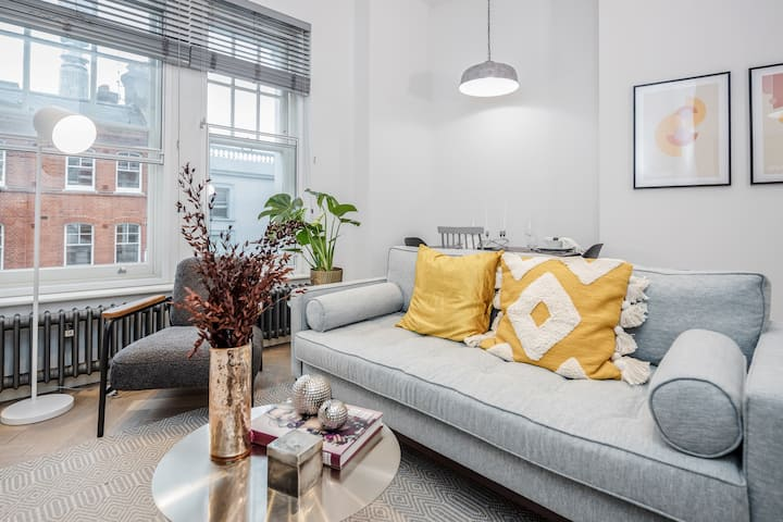STAY&CO- Stunning 1 Bedroom Apt in Newman St