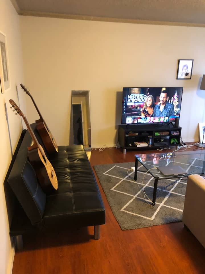 Entire apartment in the heart of Bondi! 2 rooms