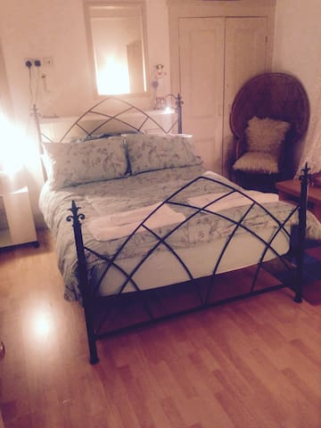 double room large victorian house