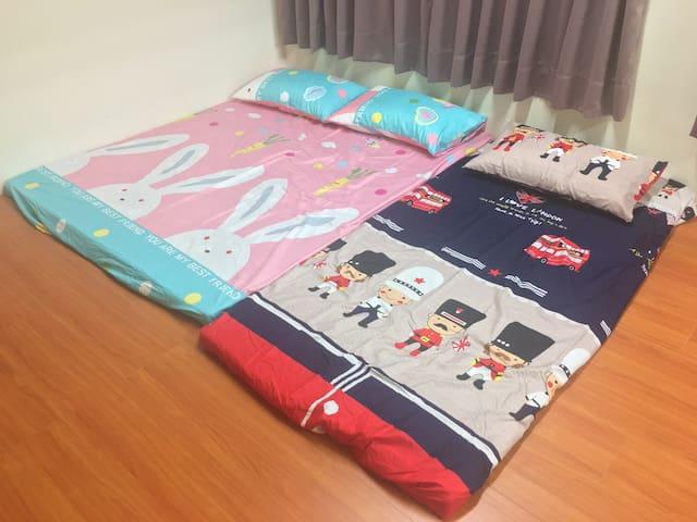 居家日式房間乾淨交通便利 Private clean room with good location - Zuoying District - Bed & Breakfast