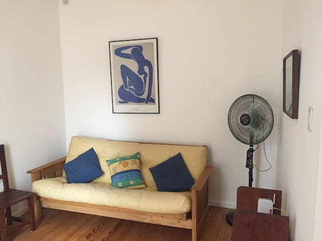 Spacious and luminous home- Downtown - La Plata - Dom