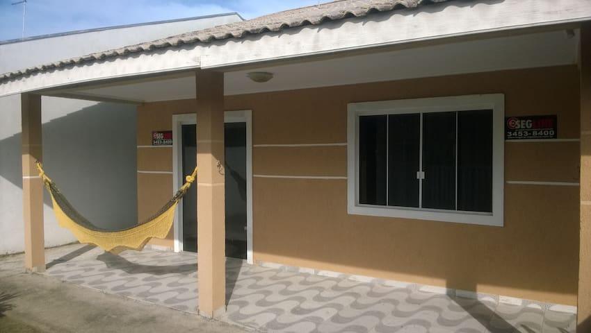 Casa na Praia - Pontal do Paraná - Hus