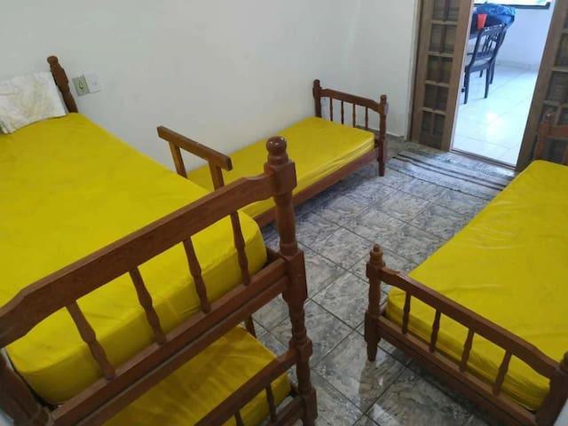 Suíte para 4 pessoas no Perequê-Açú, Ubatuba, SP