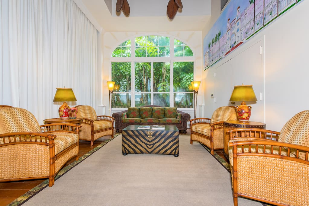 An elegant lobby to welcome you. This studio is professionally managed by TurnKey Vacation Rentals.