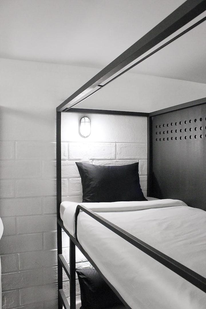 Private Dorm Femal - Pin Poshtel SaiGon (3)