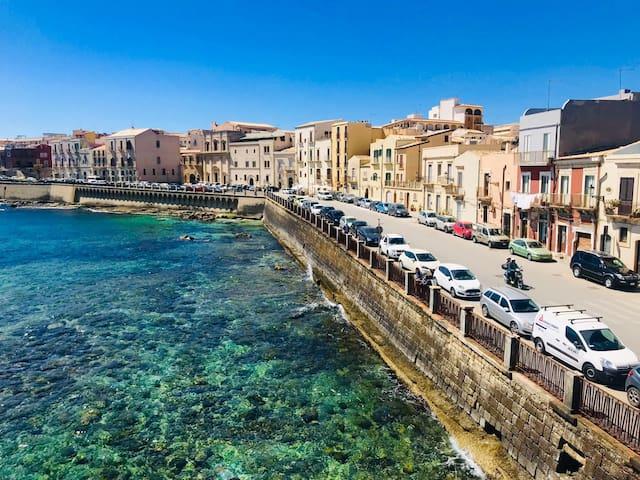 Ortigia, mare Ionio