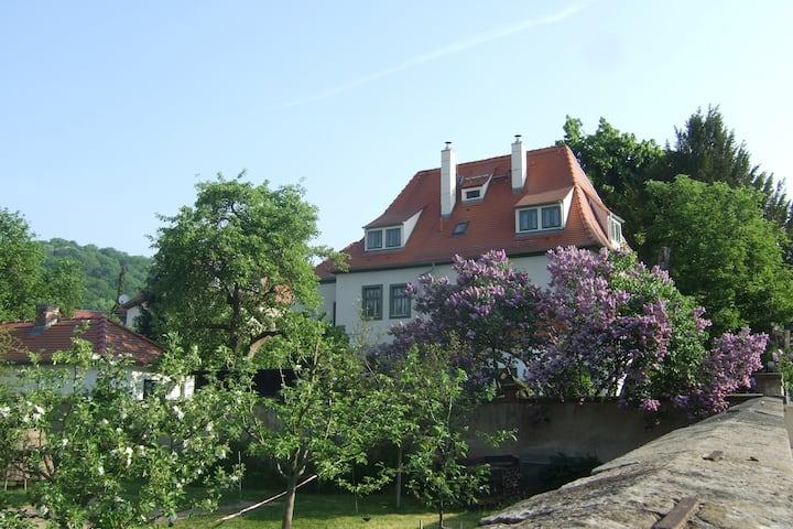 Stilvoll und komfortabel - historisches Kyauhaus