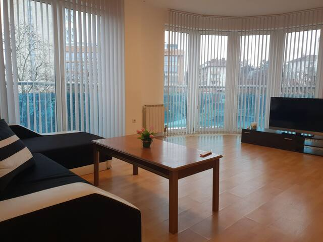Gabi's  apartament, 5 mins walk from the centar