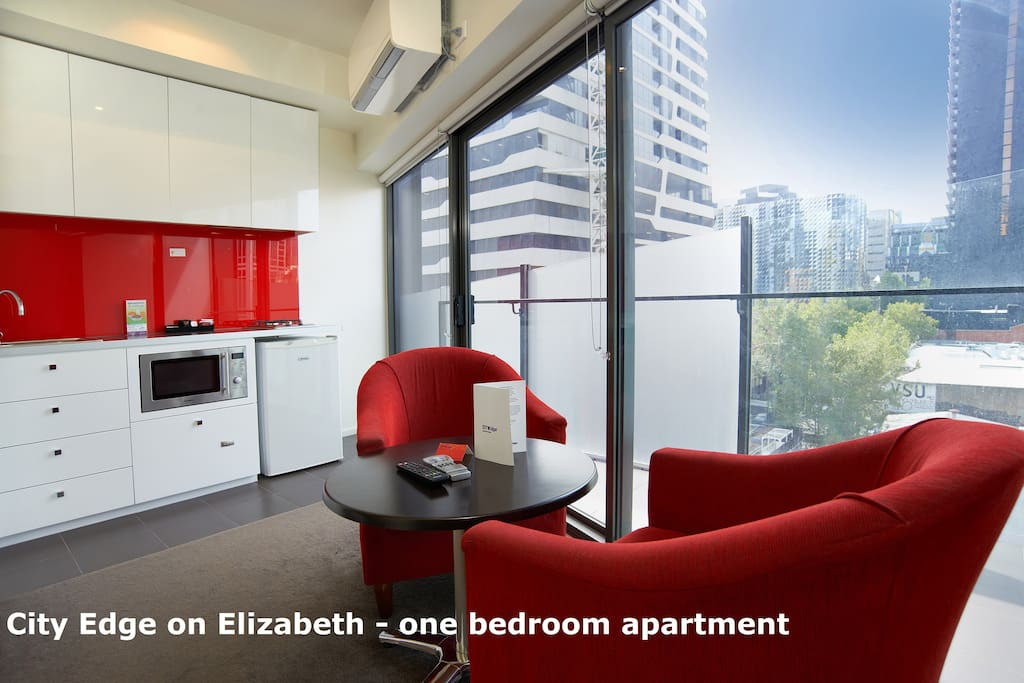 City Edge Cozy One Bedroom Apartment In Cbd 4 Serviced Apartments For Rent In Melbourne