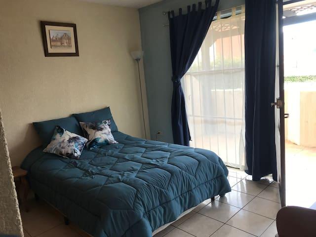 Dormitorio para huéspedes