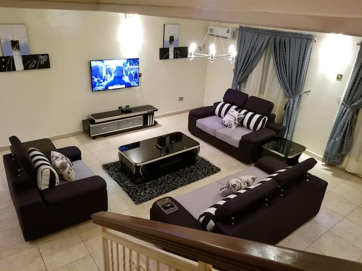 A fully furnished and serviced 4 bedroom.