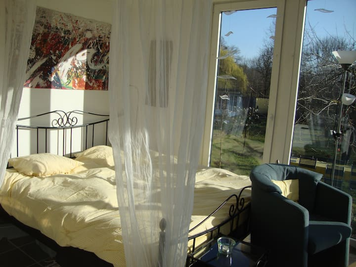Au Moulin-Der Traum-Energy Place-Art Studio