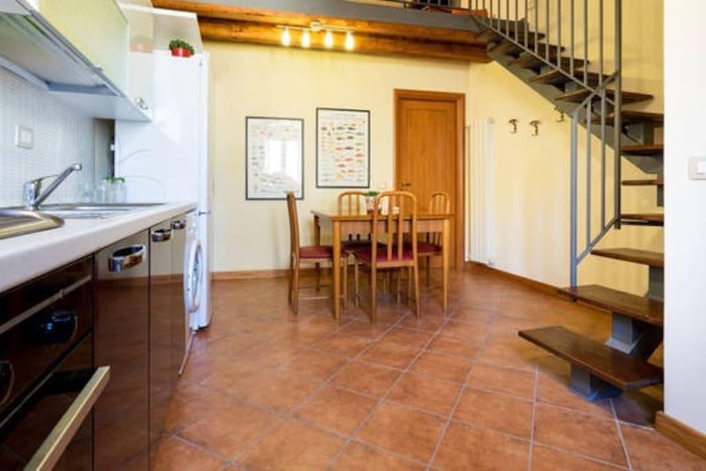 Cucina/sala da pranzo Kitchen/dining room