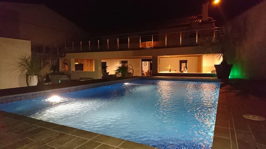 Villa grand Standing à 10 min des plages