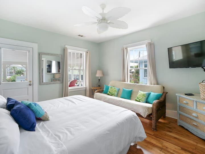 Cool Oceanview 1BR King Bed w/Balcony+Free Parking
