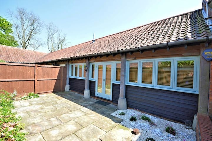 7, Grove Farm Barns - Norfolk - Ev
