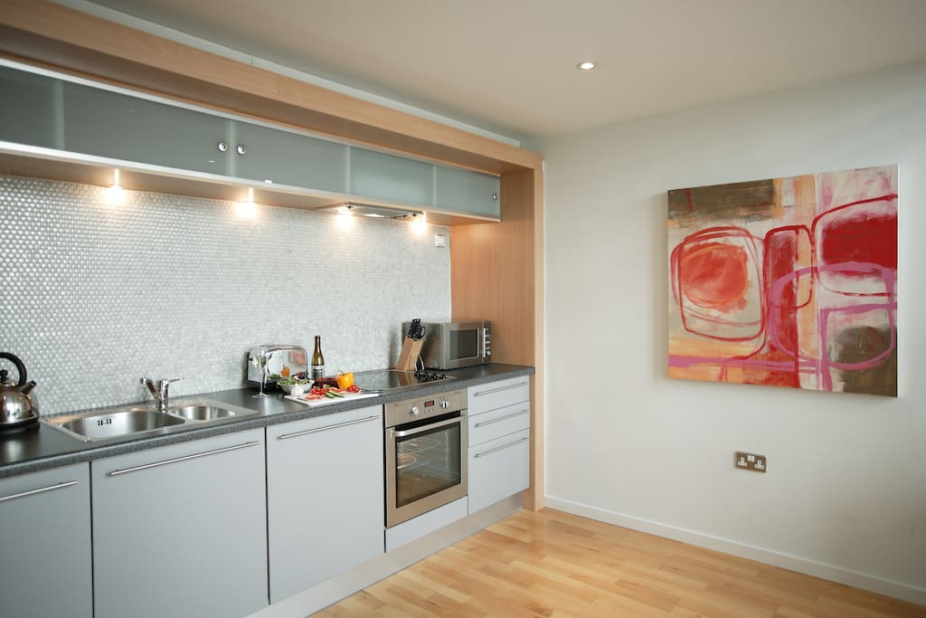 Brindleyplace two bedroom apartments flats for rent in for Bedroom apartments birmingham