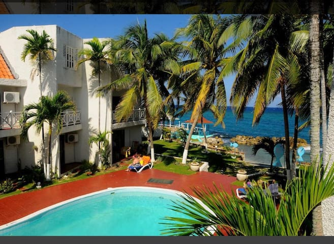 Ocho Rios Oasis - Tower Isle