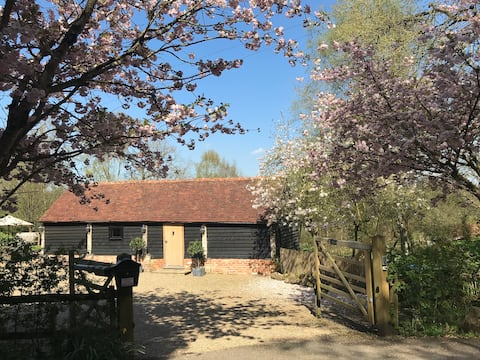 Idyllic 5* barn in exquisite countryside