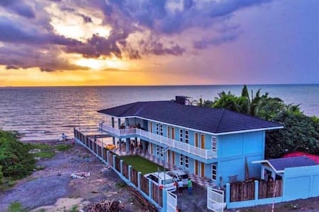 Your Private Resort by the beach w/ pool (8 rooms)