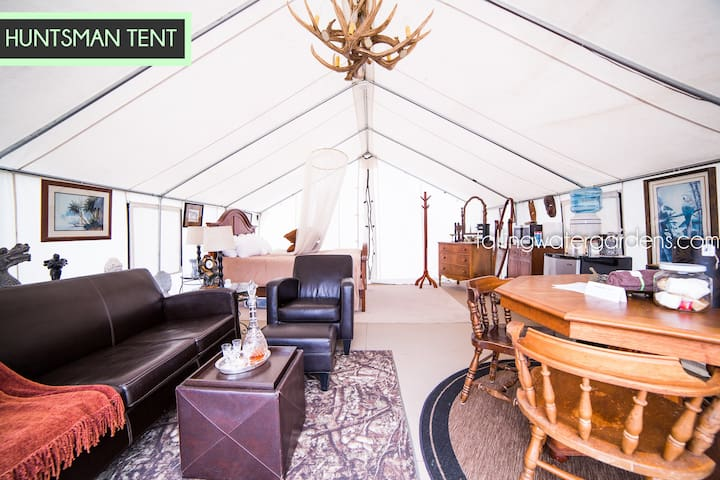 Glamp Monroe - Sleeps 2 - Huntsman Tent