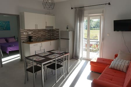 Park view apartment in Paralia Dionisiou