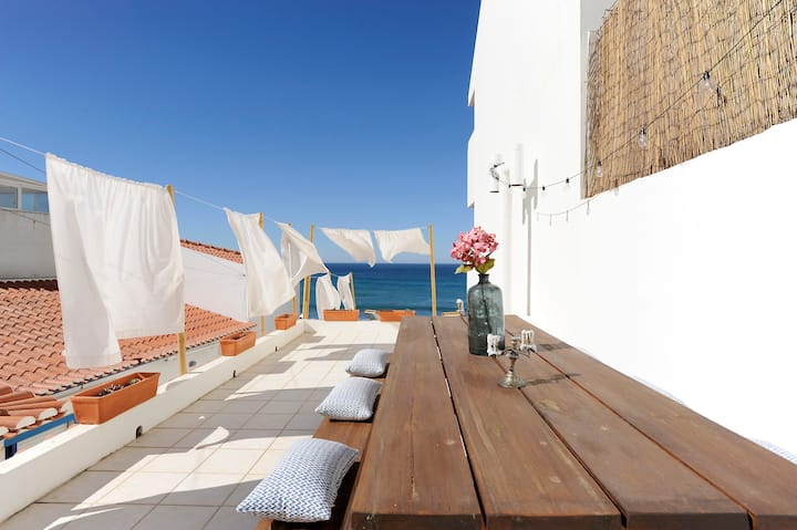 """Ericeira Ocean front Terrace"""