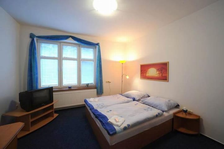 samostatný a vybavený pokoj pro 1 osobu