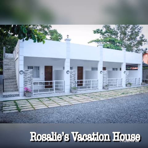 Rosalie's Vacation house 1 ( Morong Bataan beach)