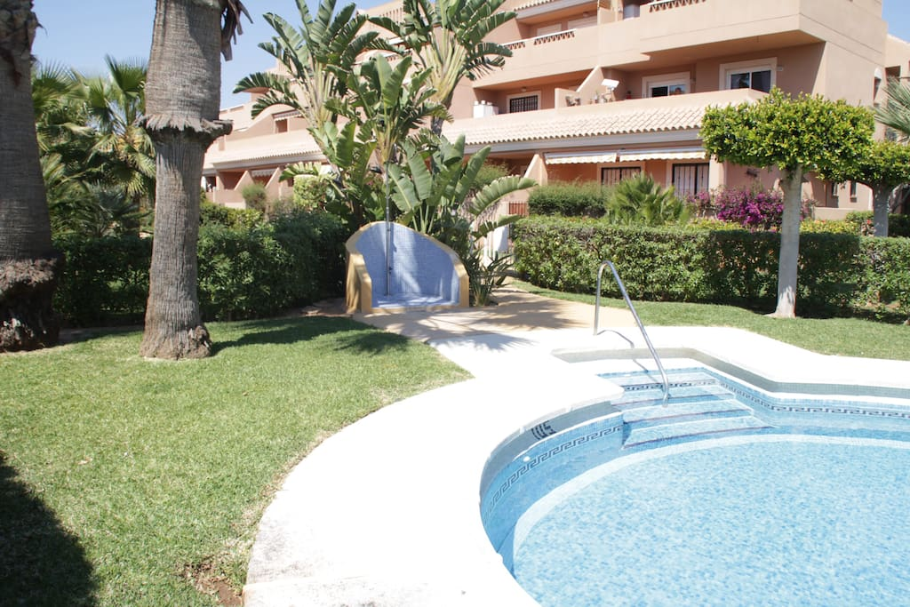 Apartamento naturista con piscina en veraplaya flats for rent in vera andaluc a spain - Piscina naturista milano ...