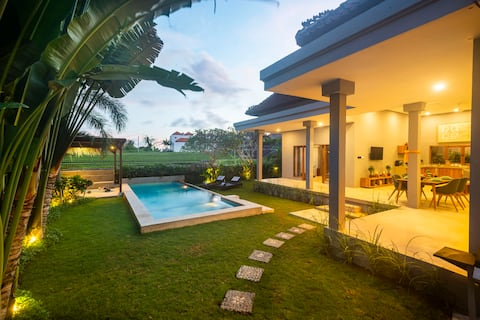 LUXURY nest in the heart of Canggu, SUPERB view