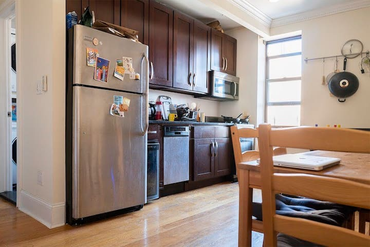 Cozy one bedroom in Crown Heights