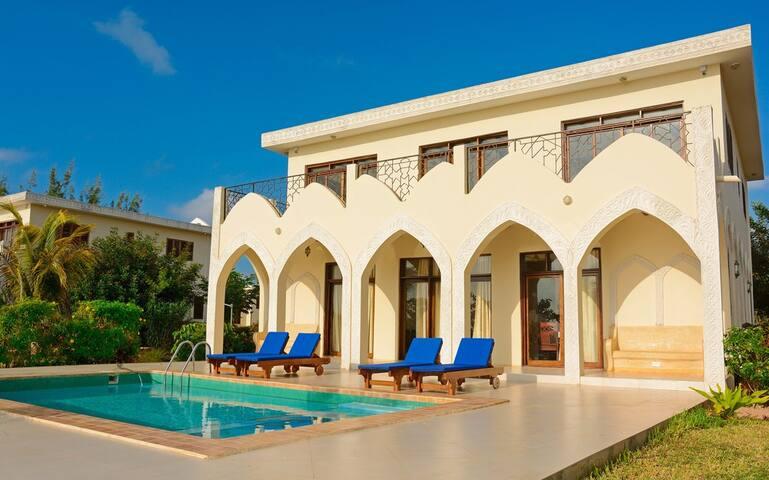 Private Family Villas Zanzibar - Zanzibar Central/South Region - Villa