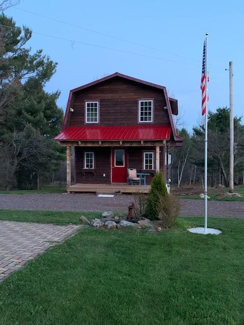 Rustic 2B Cabin w/ Sauna on Farm (Free Parking)