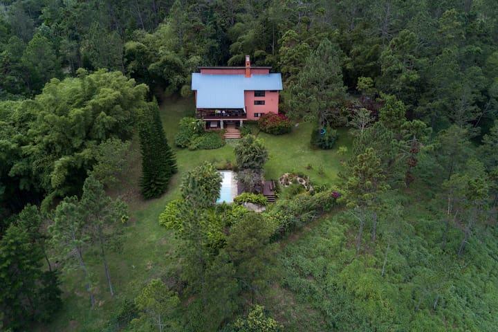 Villa Pinos del Sol - Jarabacoa - House