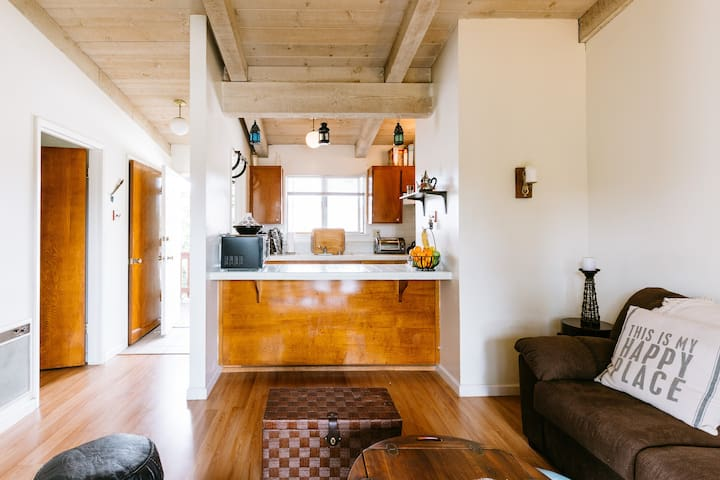 One Cozy Moroccan Apartment - Monterey - Appartement