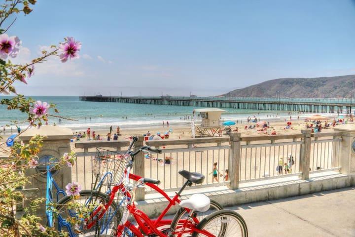 Beach Open! 3 min walk to beach! balcony & more!