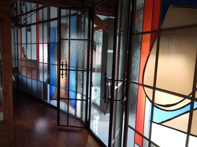 Jugendstil-Haus Design-Wohnung