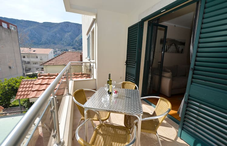 Comfortable 1BR Apartment 5 min from the Old town