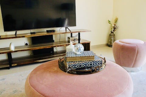 comfy and clean room ,You will taste Emirati food